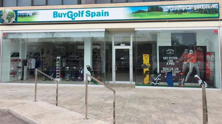 Abrimos al público nuestra tienda de golf